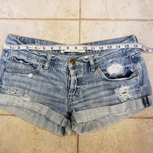 Abercrombie & Fitch Shorts - Abercrombie distressed shorts, size 6